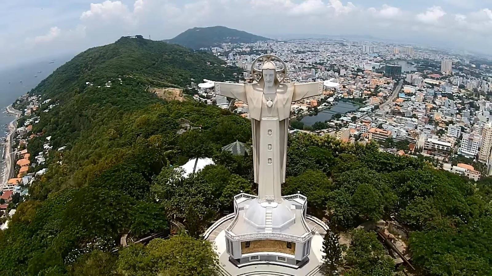 Thành phố Vũng Tàu là một trung tâm du lịch cực đẹp